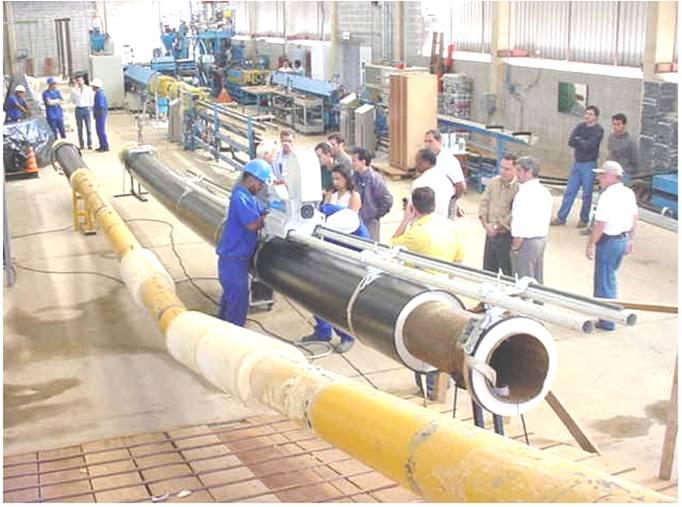 Engenheiros e técnicos da Transpetro acompanham testes da tecnologia na sede da Codrasa.