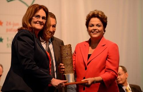Dilma, Graça e Lobão