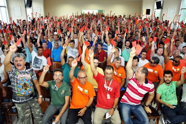 Greve Petrobras Sindipetro NF
