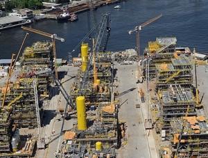 Estaleiro Brasa, no Rio de Janeiro, teve atividades suspensas e é símbolo da crise na indústria naval