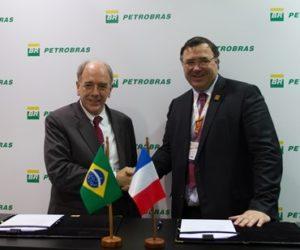Pedro Parente, presidente da Petrobras, e Patrick Pouyanne, presidente da Total
