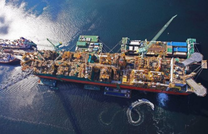 prelude-flng-on-schedule-for-2018-start-up-664x428