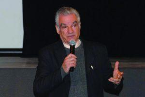 Fernando Siqueira, diretor da AEPET
