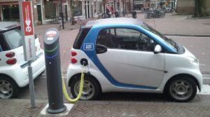 electric_car_charging_amsterdam