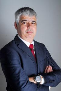Luis-Felipe-Kessler-Vice-presidente-da-área-de-Oil-Gas-da-Schneider-Electric-1-687x1024