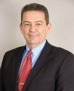 Leonam Guimarães foi um dos eleitos para o quadro de acadêmicos da ANE