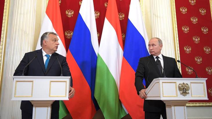 Orban-and-Putin-18-September-2018-(Kremlin)