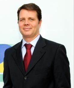 Luiz-Claudio-246x3001