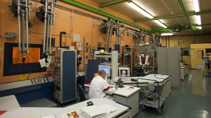 Hot-cell-laboratory-at-JRC-ITU-(EC)