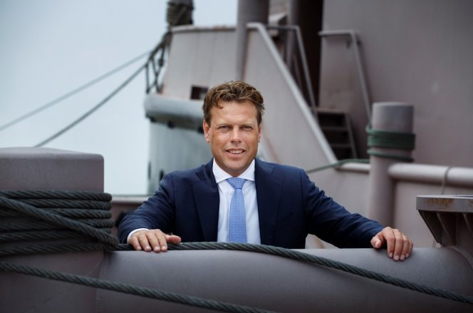 dutch-shipbuilder-damen-shipyards-has-appointed-arnout-damen-as-ceo-he-will-take-over-the-position-from-rene-berkvens-on-january-1-2020-664x439