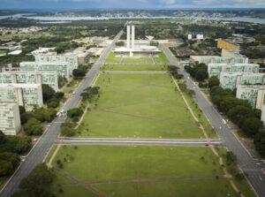 General Heleno coordena o Comitê de Desenvolvimento do Programa Nuclear Brasileiro, composto por 11 ministérios