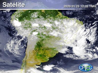 Imagem de satélite de quinta-feira mostra a extensão do fenômeno, que ainda era classificado como depressão tropical