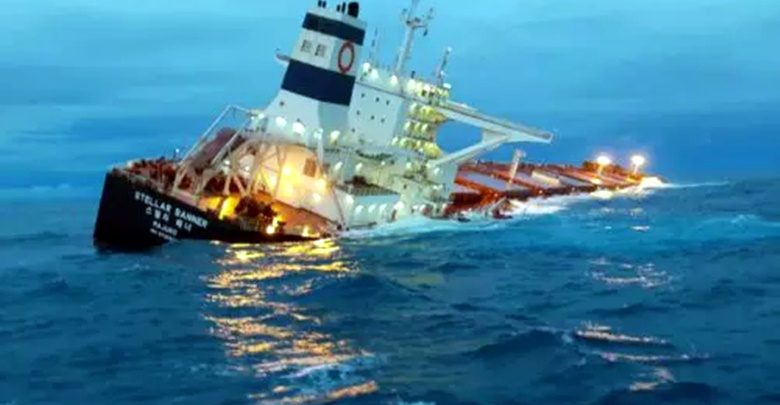 Navio-encalhado-780x405