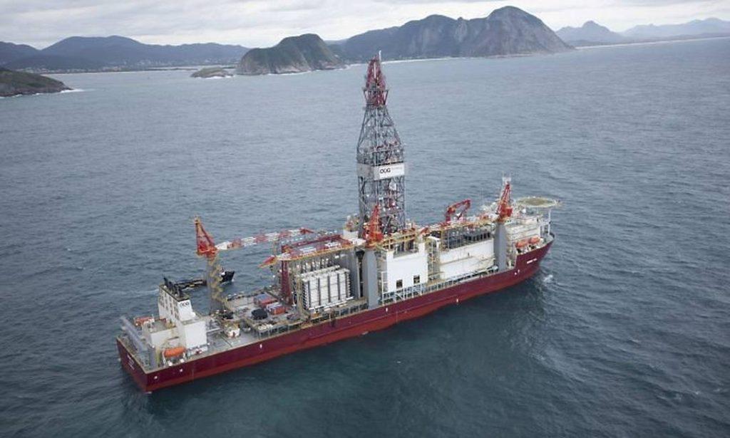 Navio-sonda-para-perfuracaona-Baia-de-GuanabaraDivulgacao-Petrobras