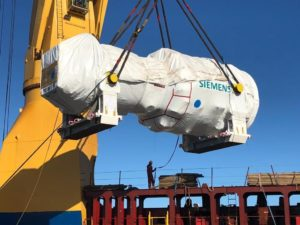 Turbina da Siemens instalada na usina GNA, no Porto do Açu (RJ)