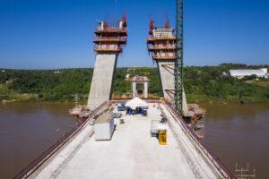 Construção de uma segunda ponte ligando o Brasil ao Paraguai