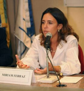 Miriam-Ferraz-coordenadora-do-Programa-de-Internacionalizacao-da-Cadeia-Produtiva-de-Petroleo-e-Gas-pelo-Sebrae-RJ-945x1024