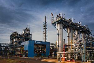Usina para um novo refino do óleo já usado