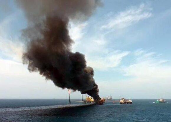 mexico-incendio-plataforma-petroleo-23082021150541766