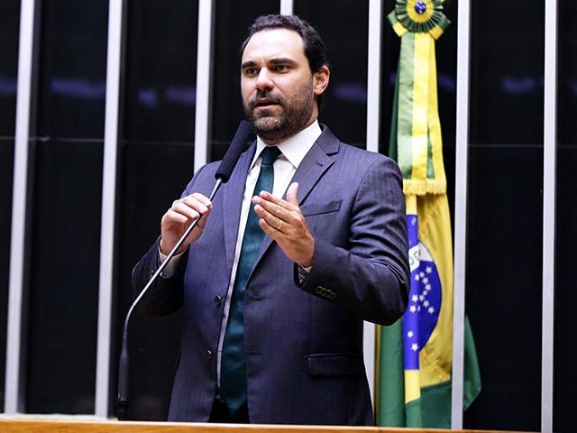 deputado federal Adolfo Viana